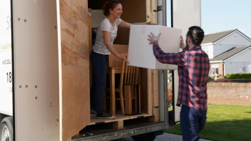 Customers-packing-Standard-Mobile-Self-Storage-Box-Storage-Unit-Dublin-Meath-Louth-Drogheda-Ireland-min