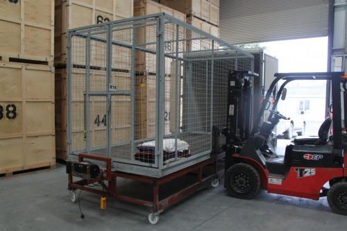 Empty-Large-StorageBox-Mobile-Self-Storage-Box-Storage-Unit-Dublin-Meath-Louth-Drogheda-Ireland-min